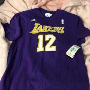 Lakers top